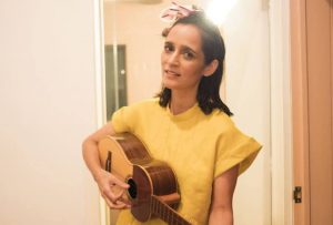 Julieta Venegas en acústico en Bilbao
